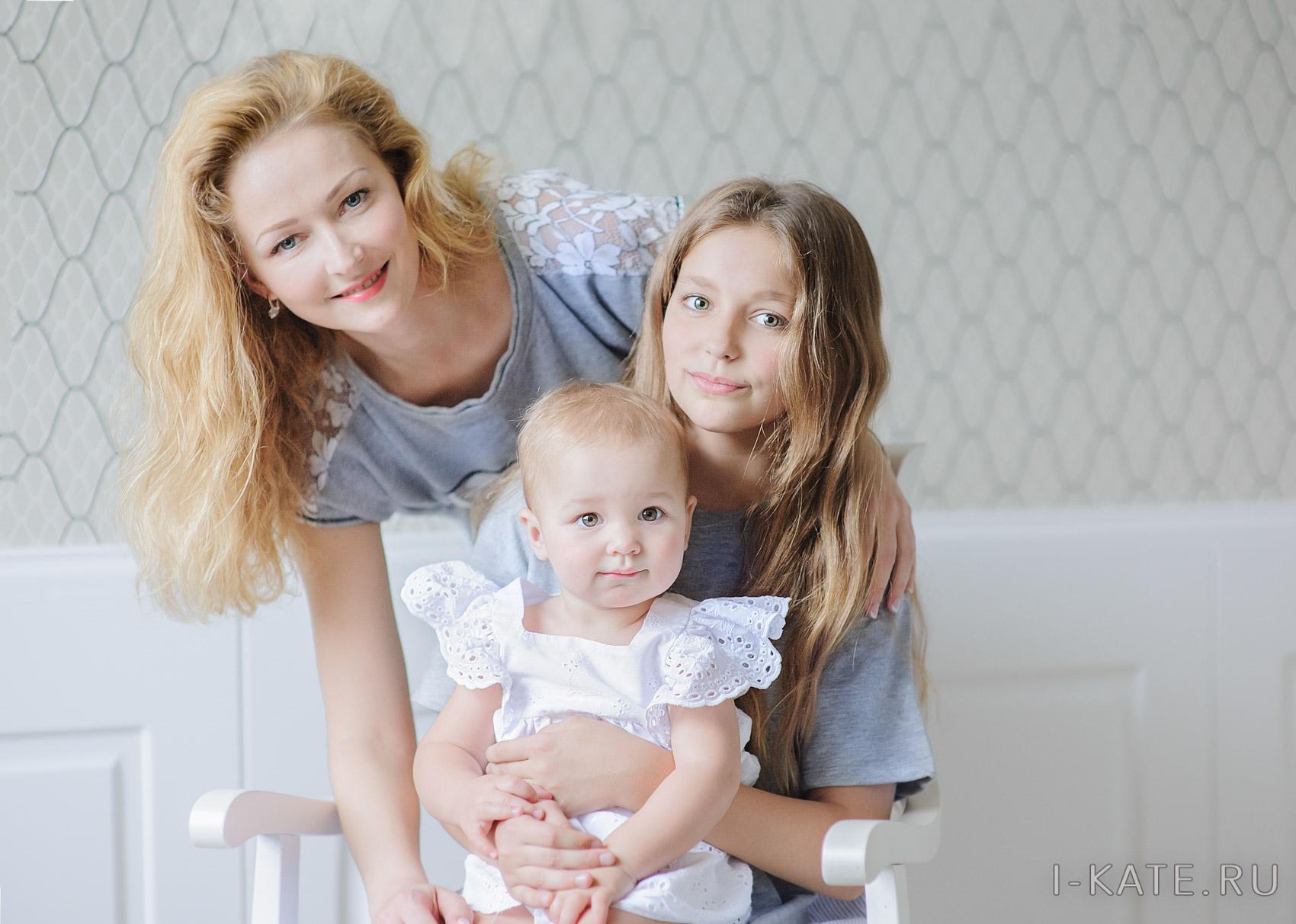 мама и дочки, семейная фотосессия