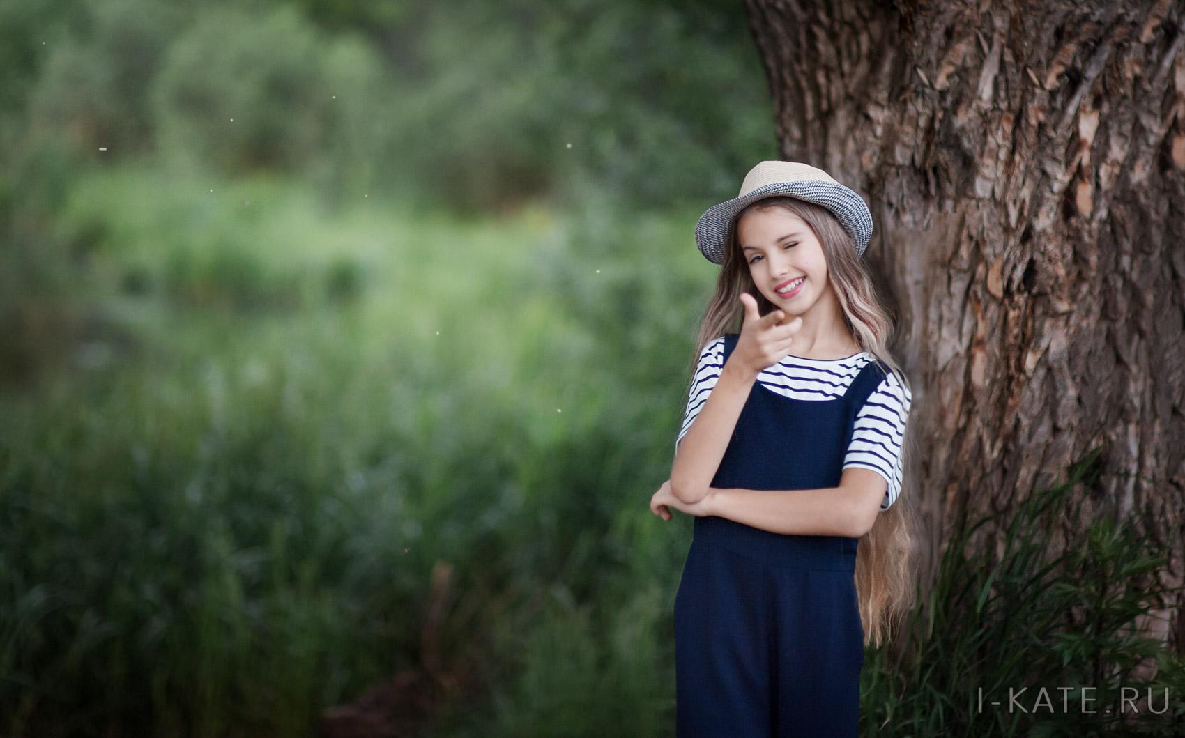 Девочка на пруду, Детская фотосессия на природе фотограф, Шипилова Екатерина